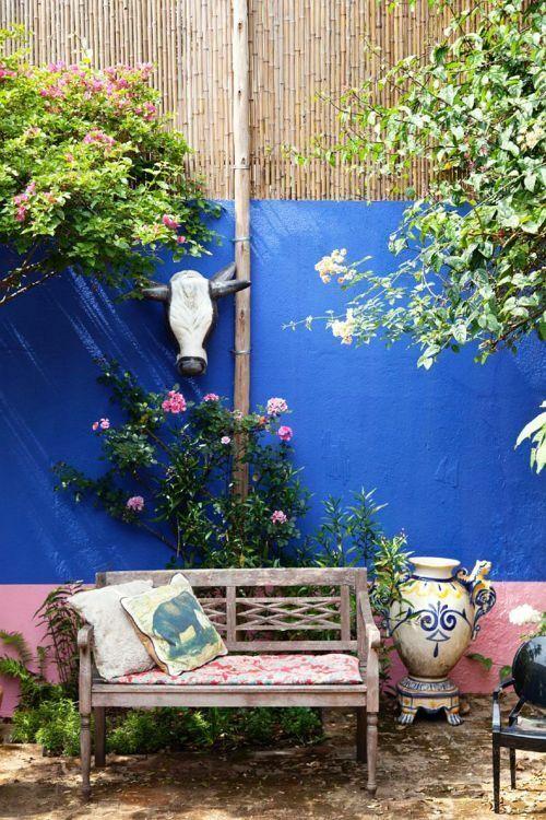 Sundays</br><span>in your backyard</span>