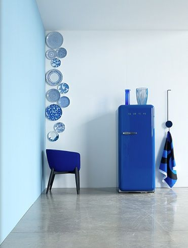 Sleek blue</br><span>& Polished Concrete</span>
